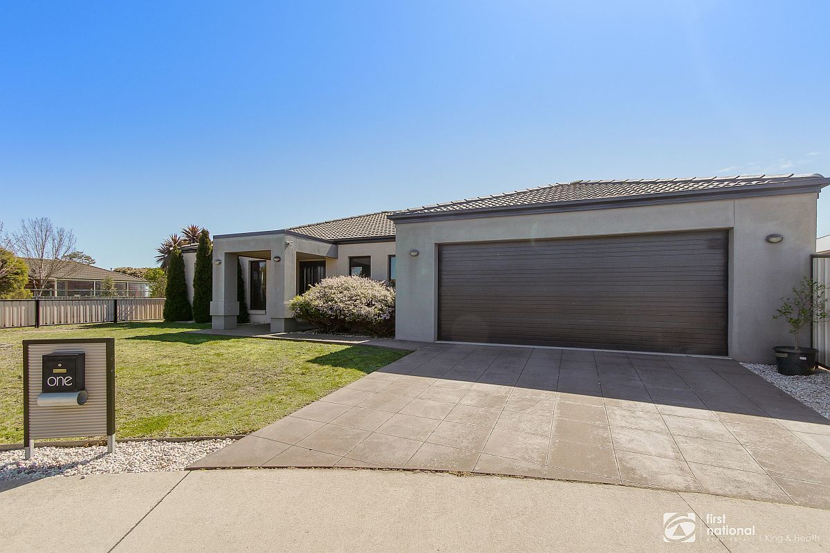 1 The Backwater, Bairnsdale VIC 3875-1