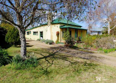 10 Great Alpine Road, Bairnsdale VIC 3875-1