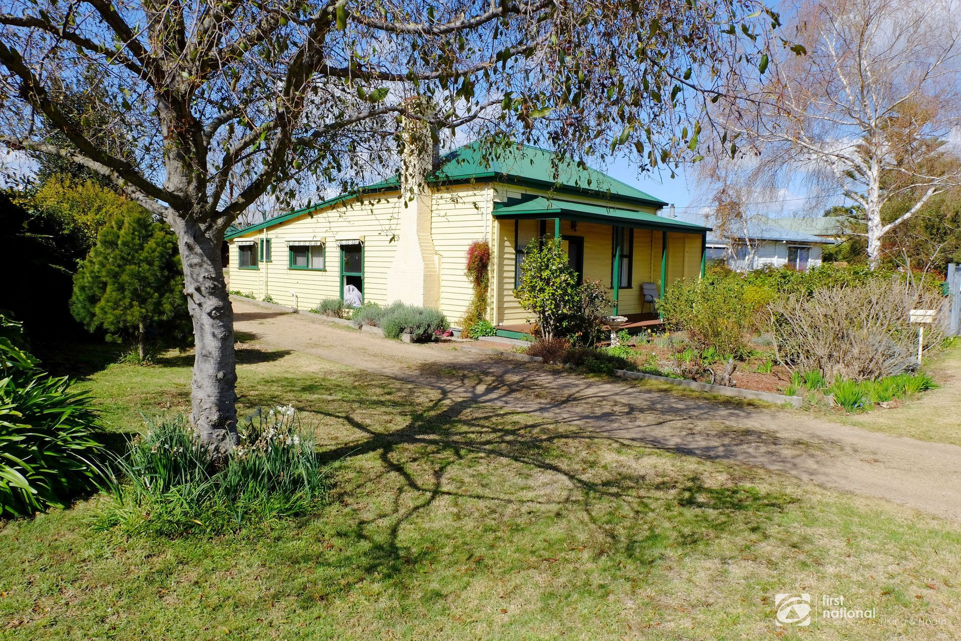 10 Great Alpine Road, Bairnsdale VIC 3875-1