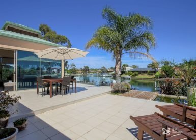3 Windjammer Court, Paynesville VIC 3880-1
