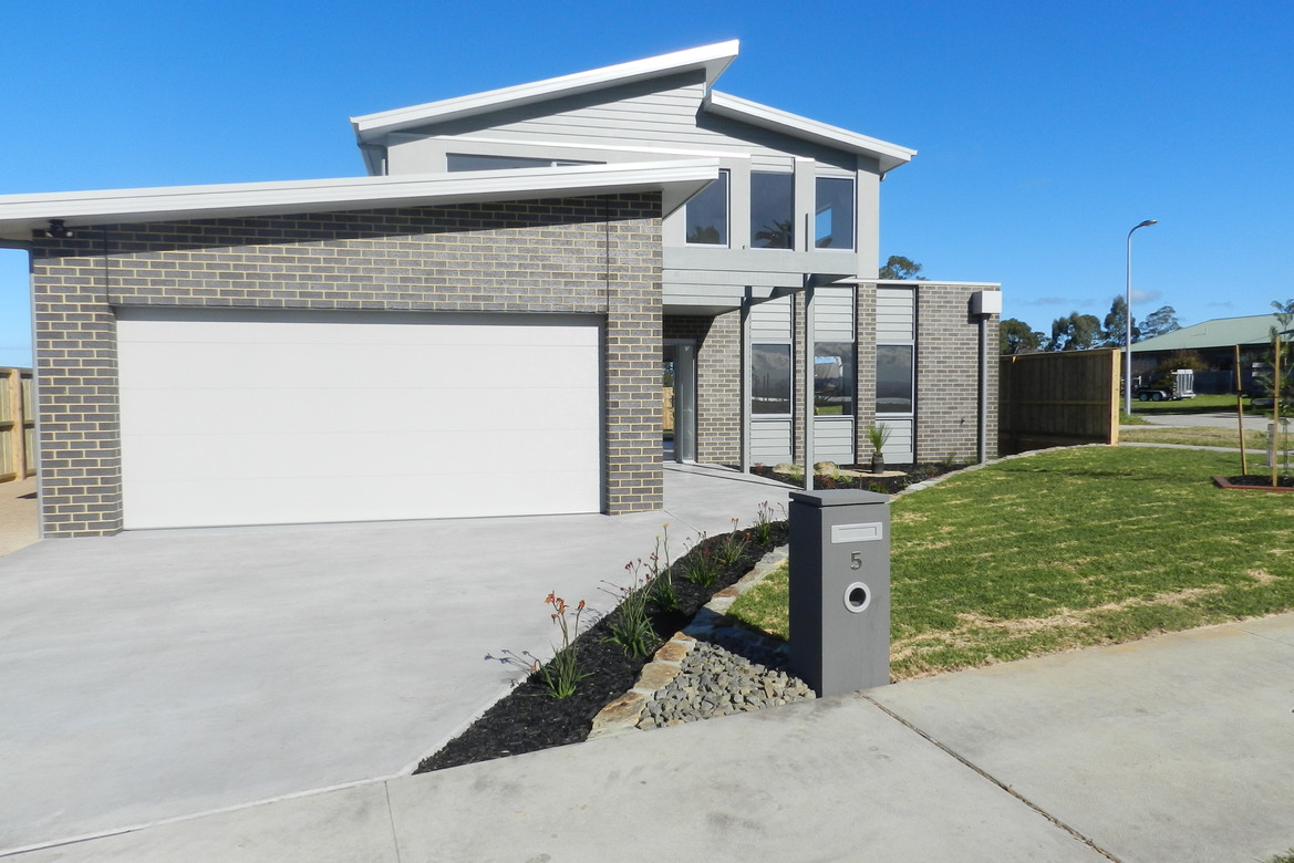 5 Infinity Court, Paynesville VIC 3880-1