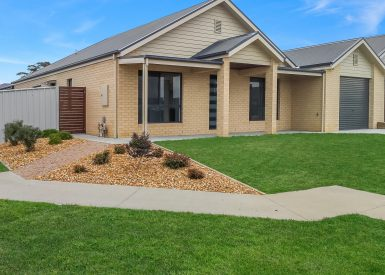 1/1 Riviera Close, Paynesville VIC 3880-1