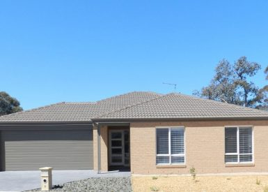 7 Eastcoast Court, Bairnsdale VIC 3875-1