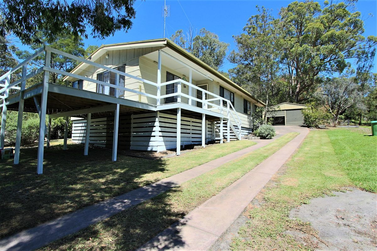 55 Mill Point Road, Lake Tyers Beach VIC 3909-1