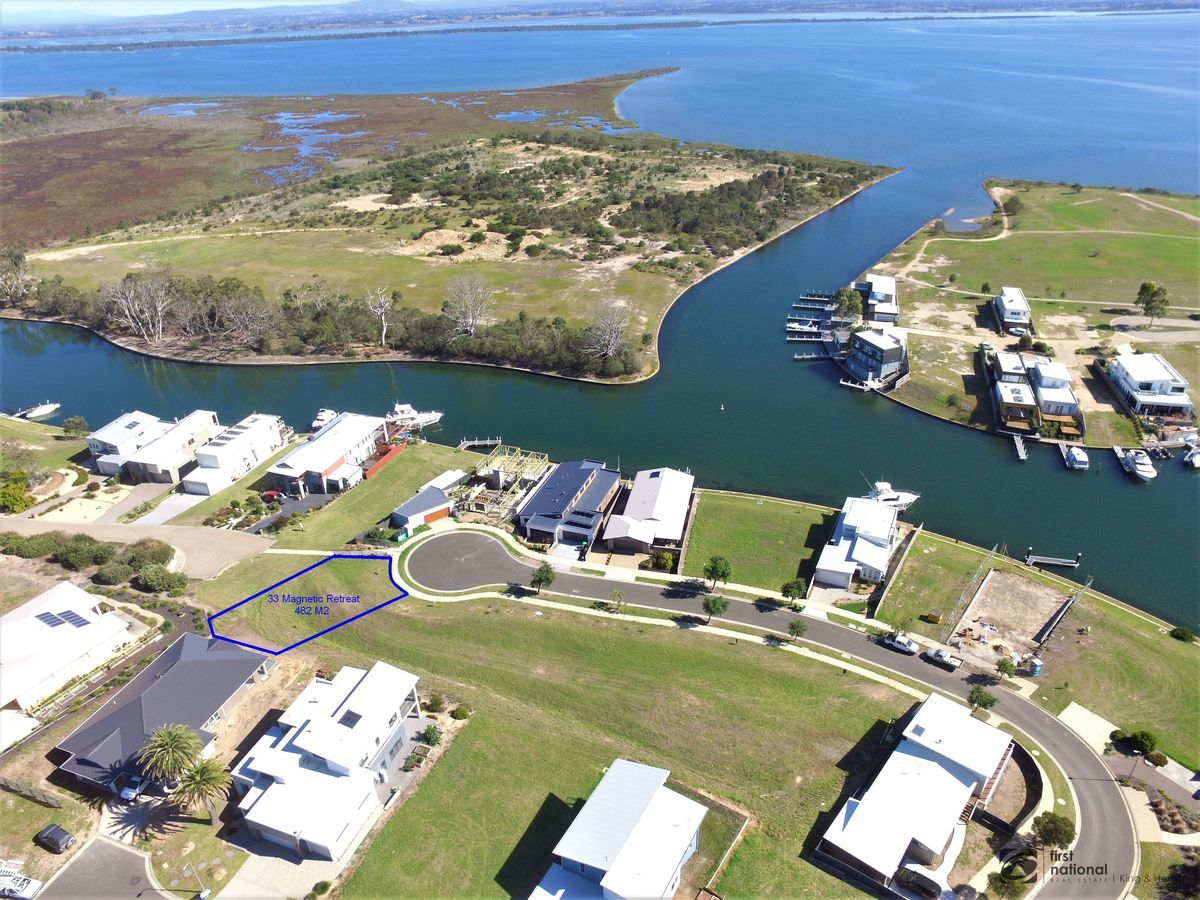 33 Magnetic Retreat, Paynesville VIC 3880-1