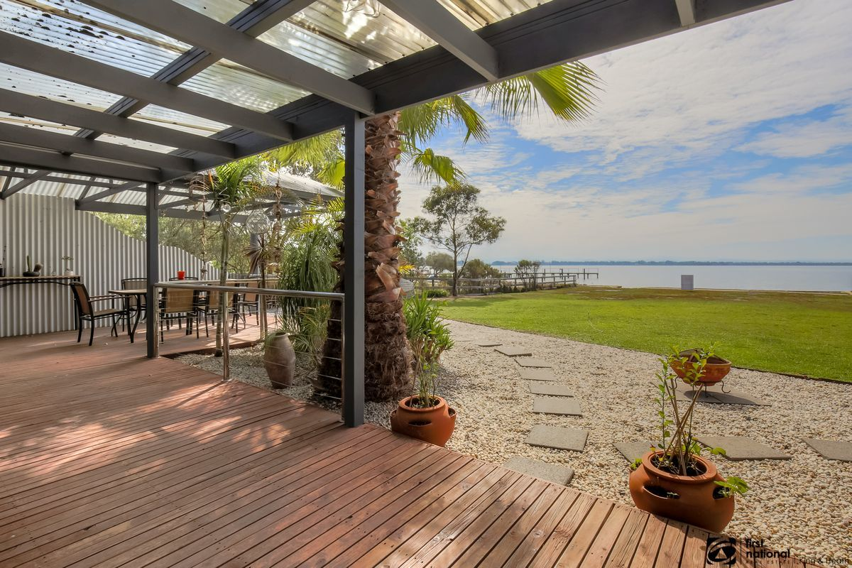 2 Green Court, Eagle Point VIC 3878-1