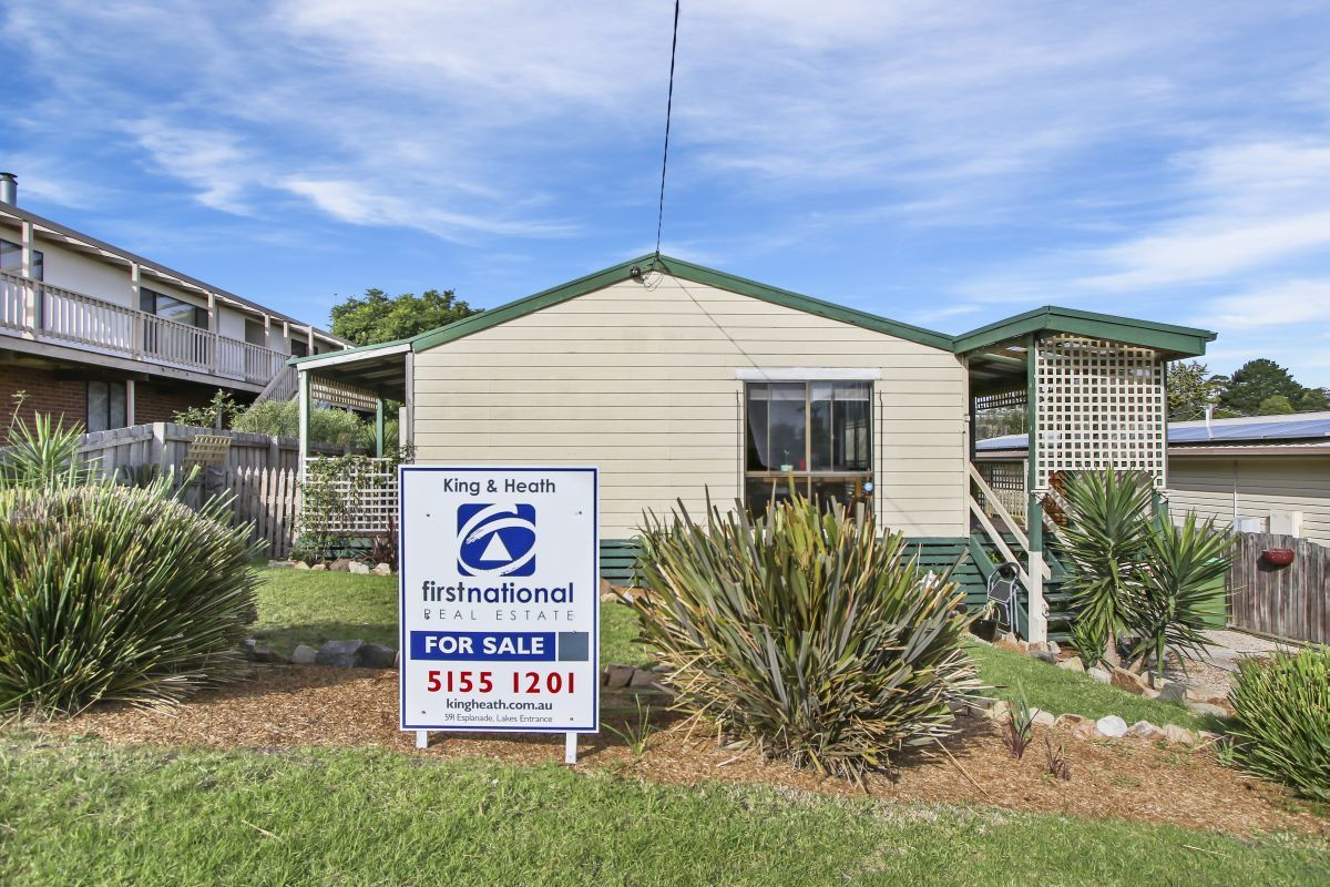 44 McCullough Street, Lakes Entrance VIC 3909-1