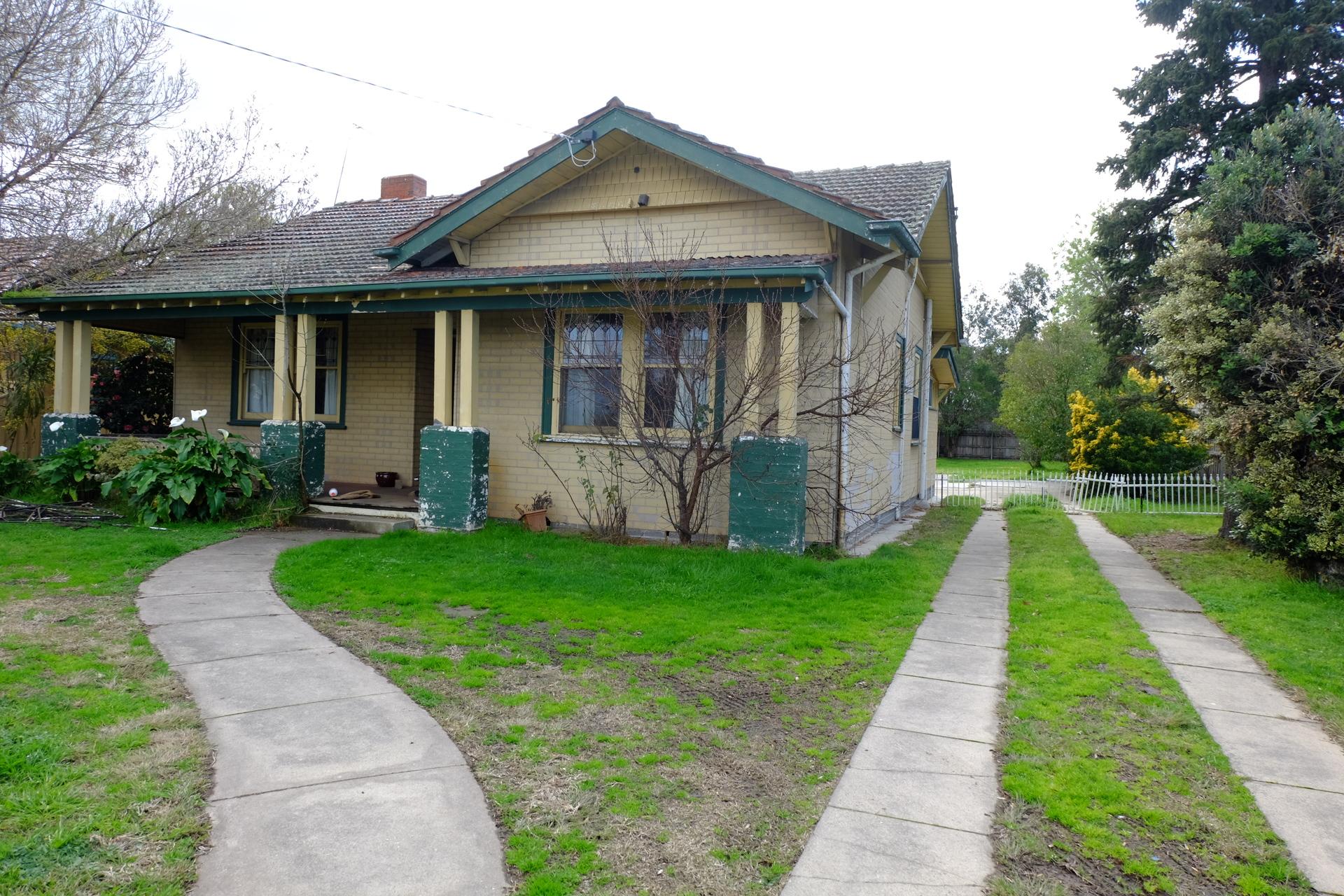 380 Main Street, Bairnsdale VIC 3875-1