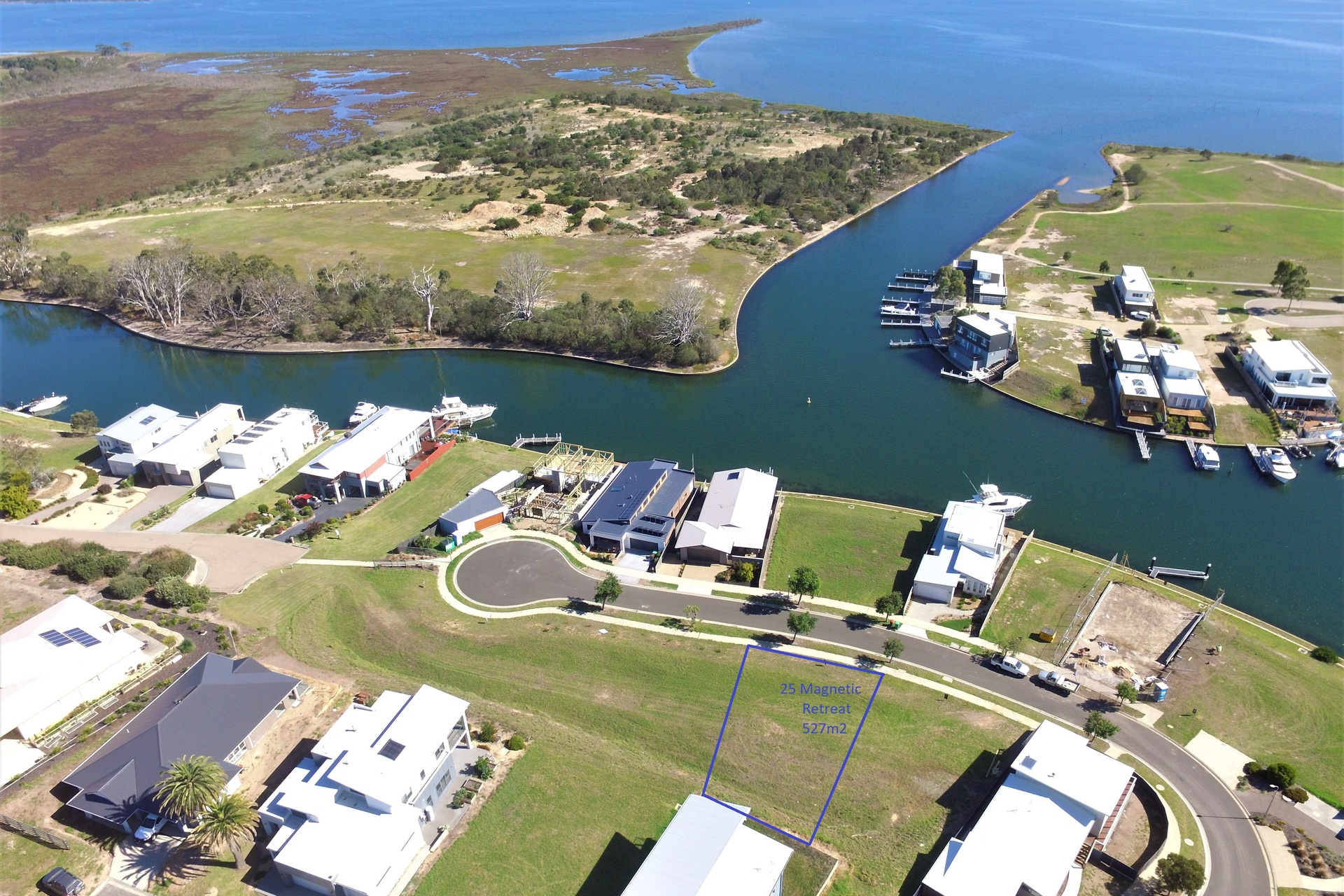 25 Magnetic Retreat, Paynesville VIC 3880-1