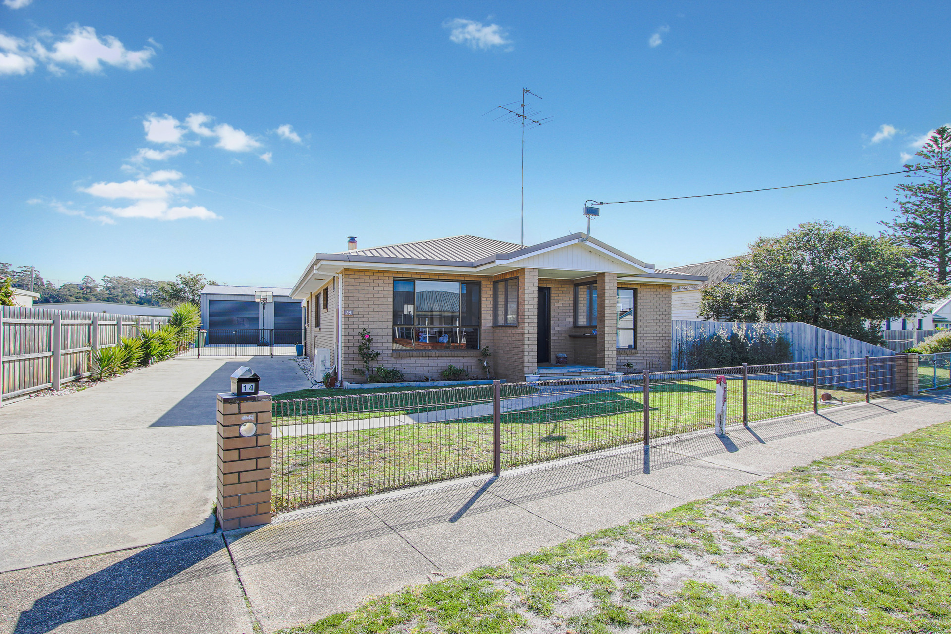 14 Hunter Street, Lakes Entrance VIC 3909-1