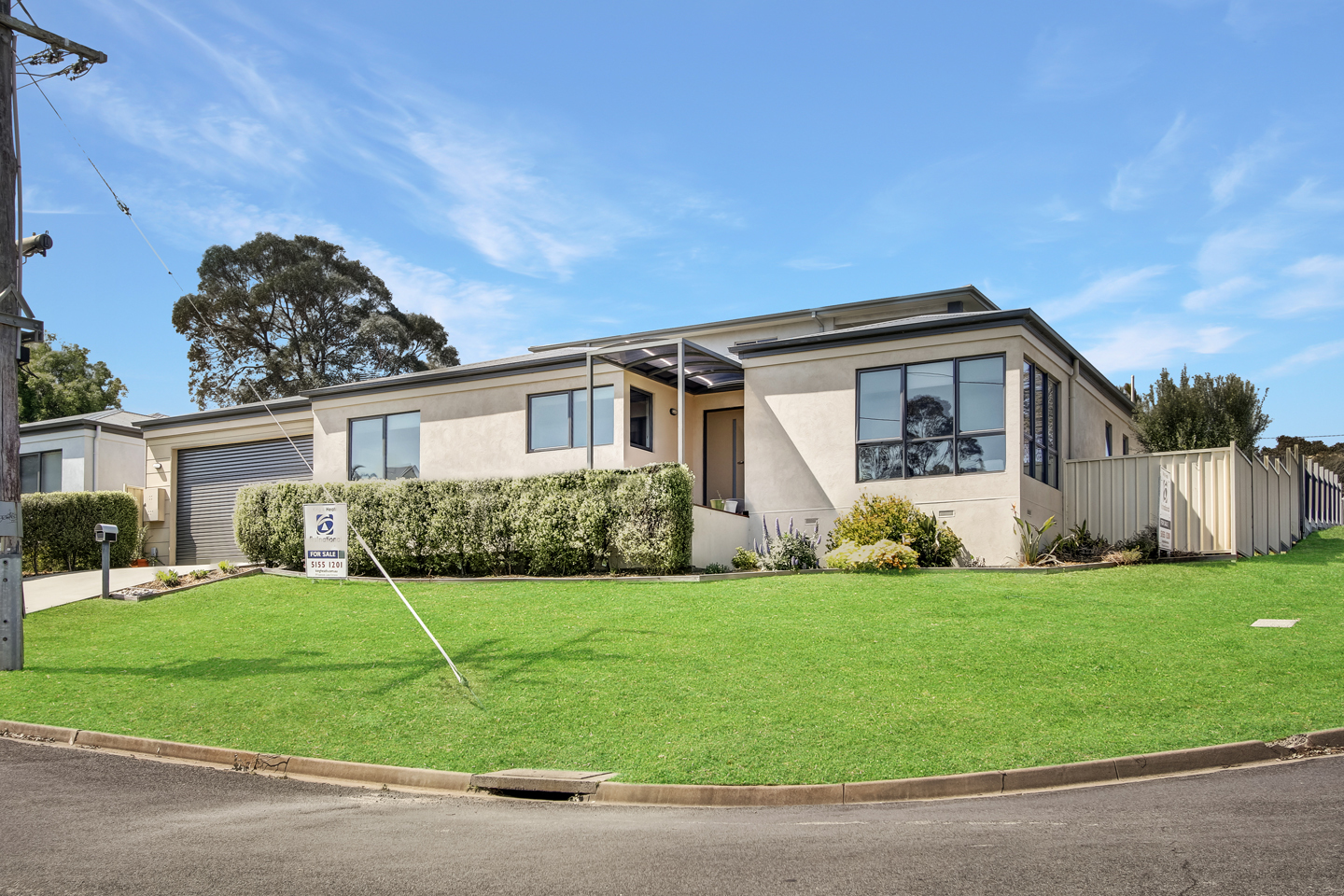 2 Abalone Avenue, Lakes Entrance VIC 3909-1