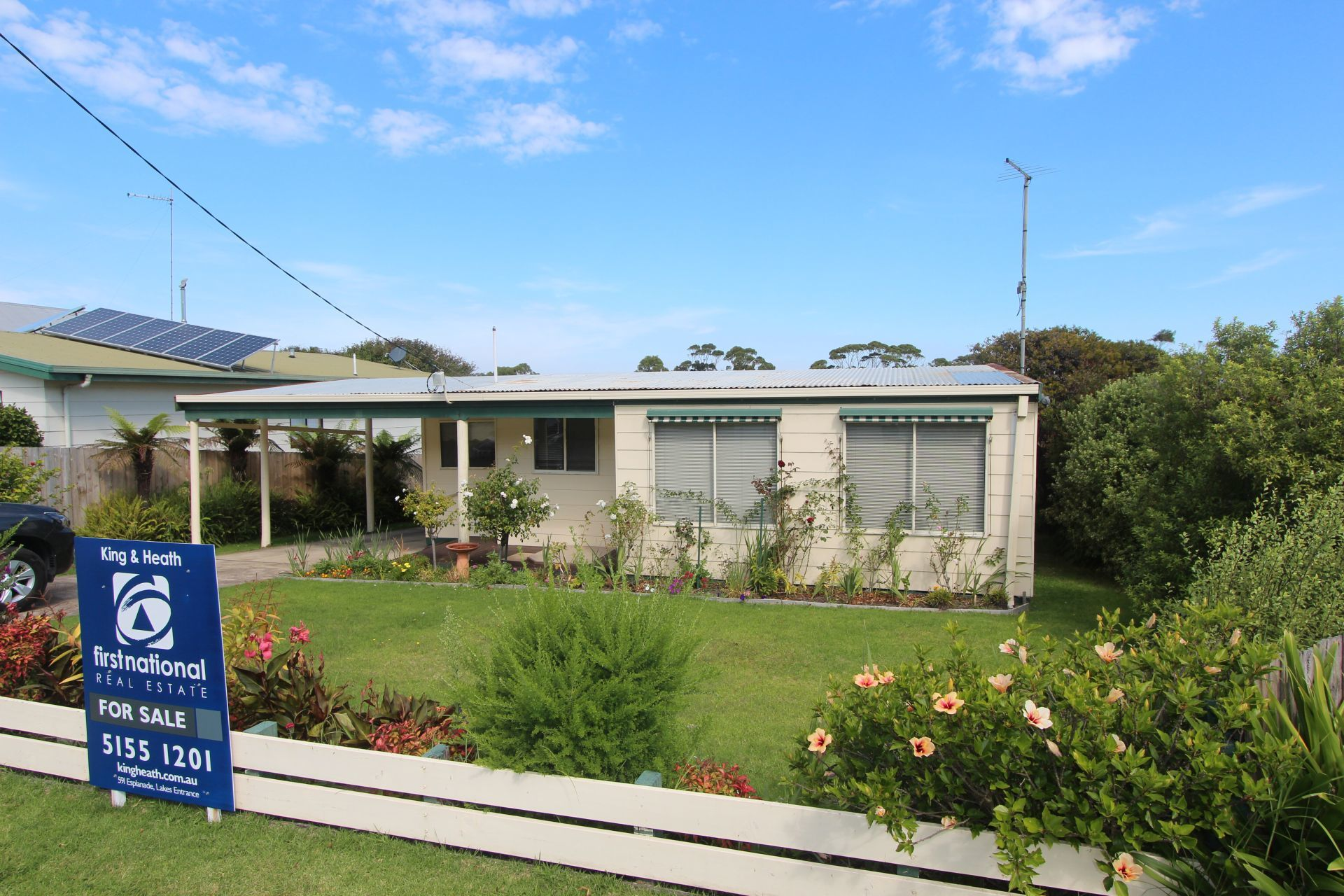 124 Golf Links Road, Lakes Entrance VIC 3909-1