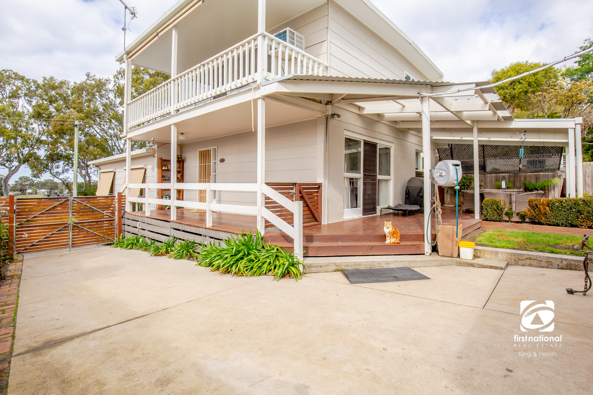 8 Tait Street, Eagle Point VIC 3878-1