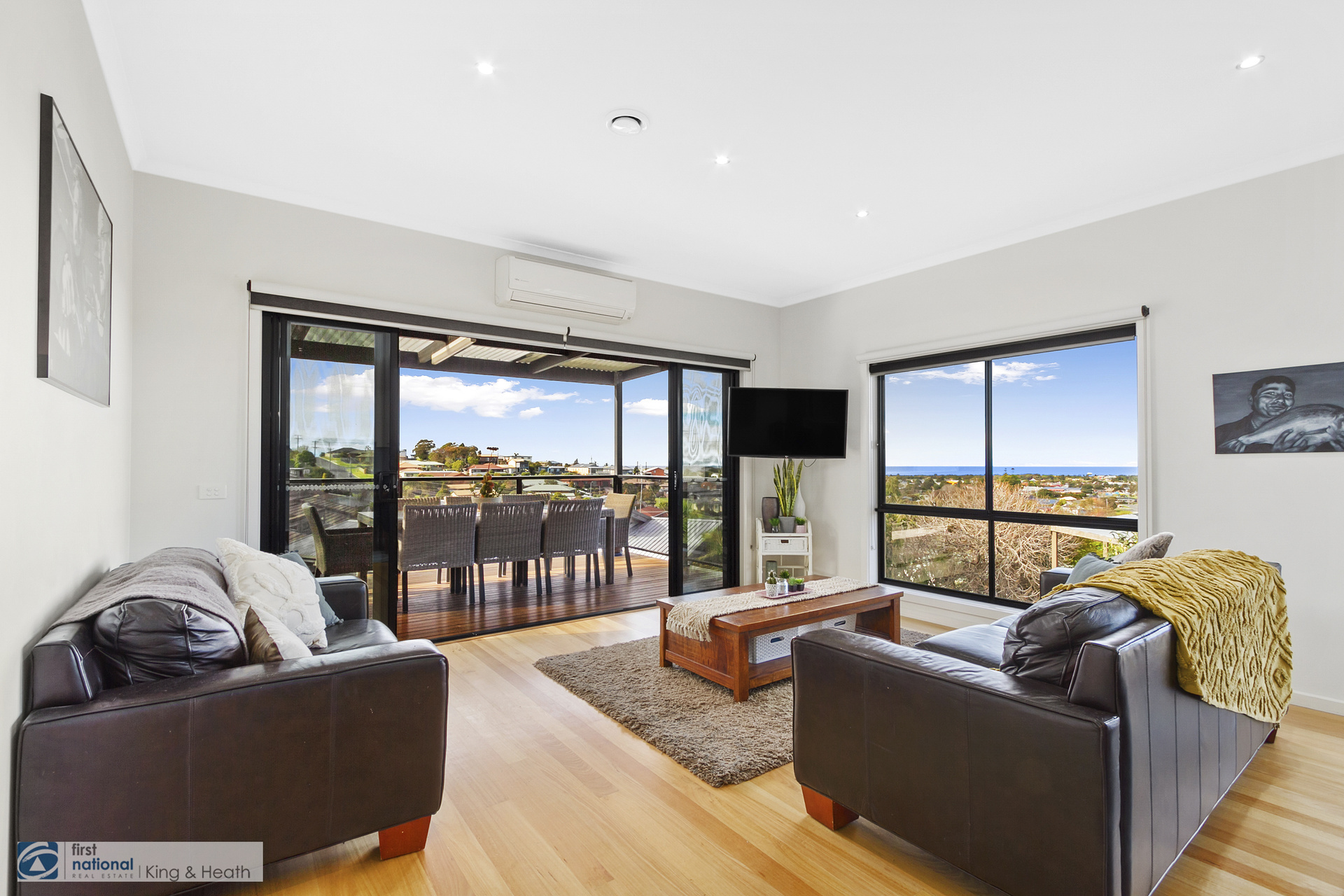 12 Hillcrest Rise, Lakes Entrance VIC 3909-1