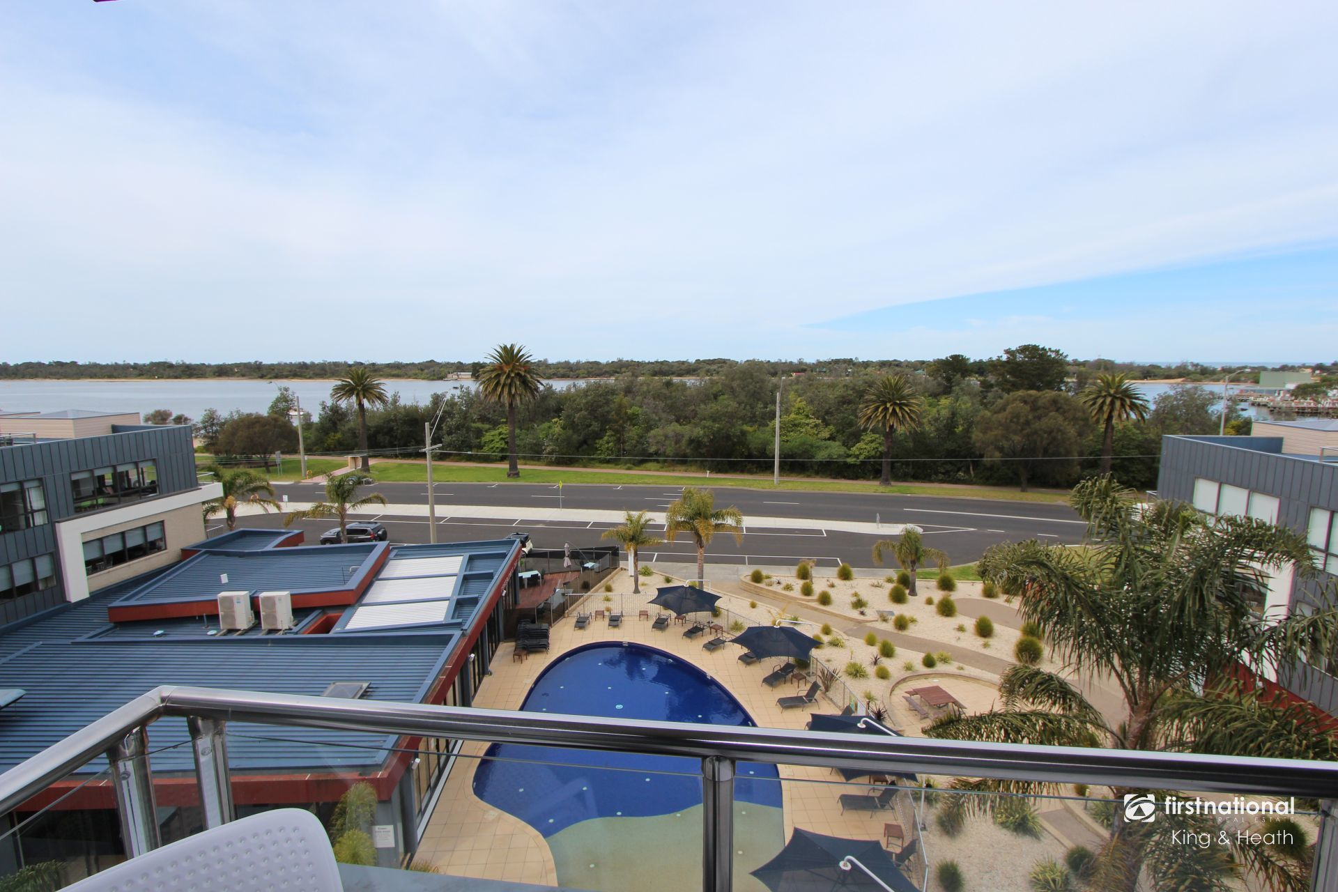 406/1 Esplanade, Lakes Entrance VIC 3909-1