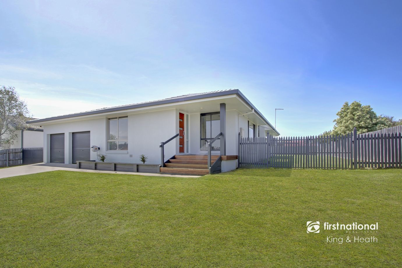 19 Stirling Drive, Lakes Entrance VIC 3909-1