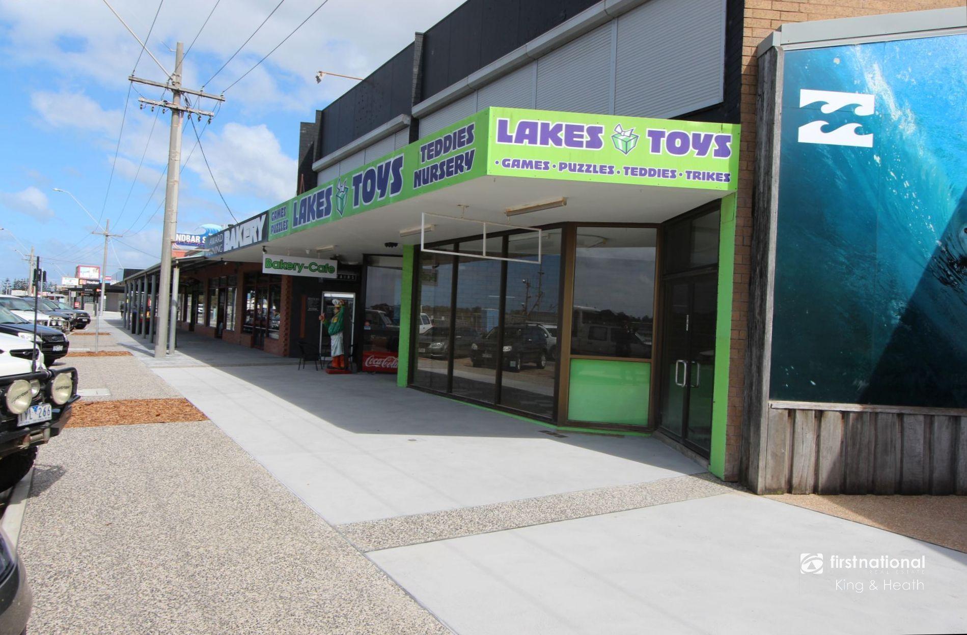 541 Esplanade, Lakes Entrance VIC 3909-1