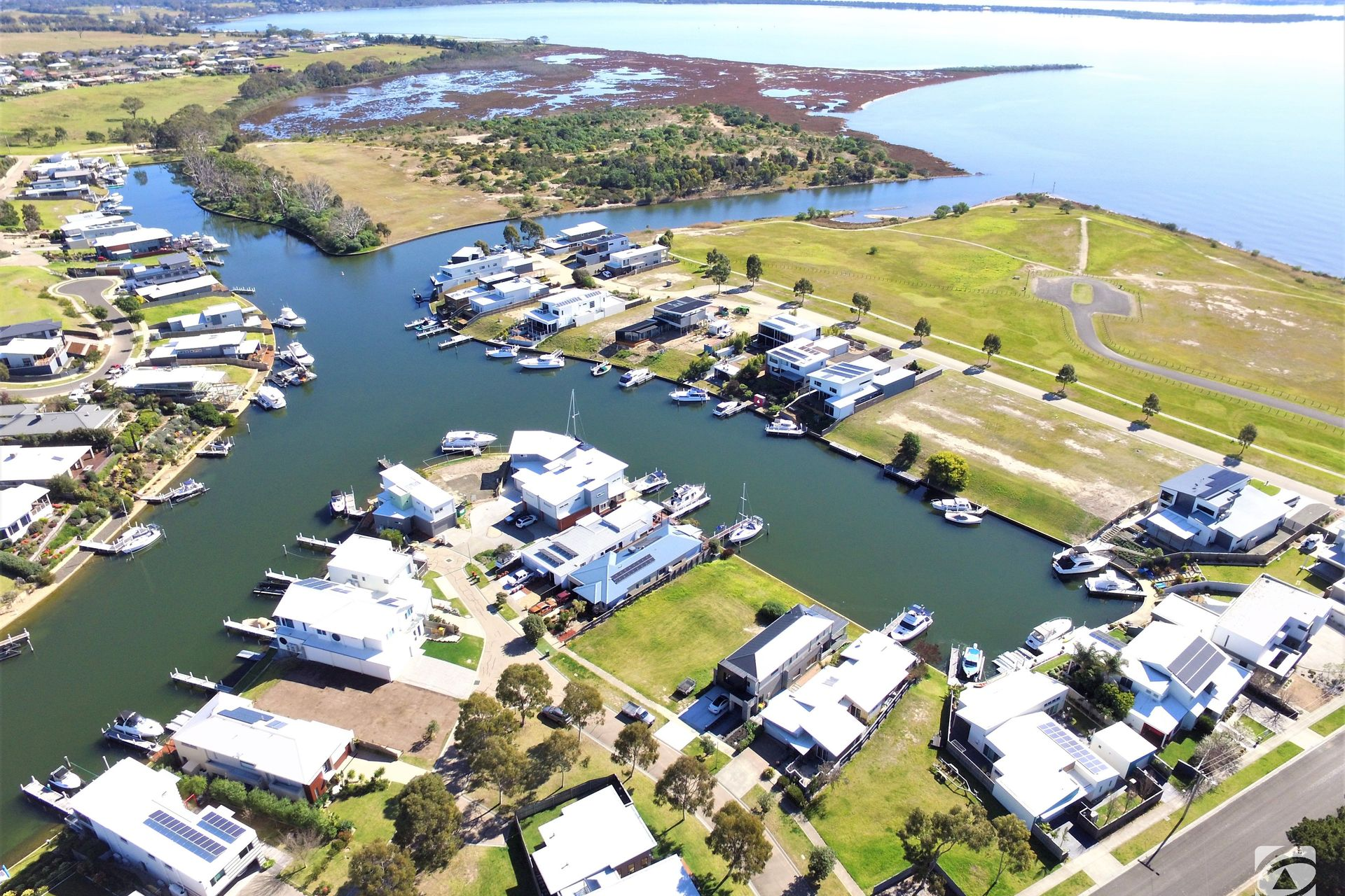 18 The Point, Paynesville VIC 3880-1