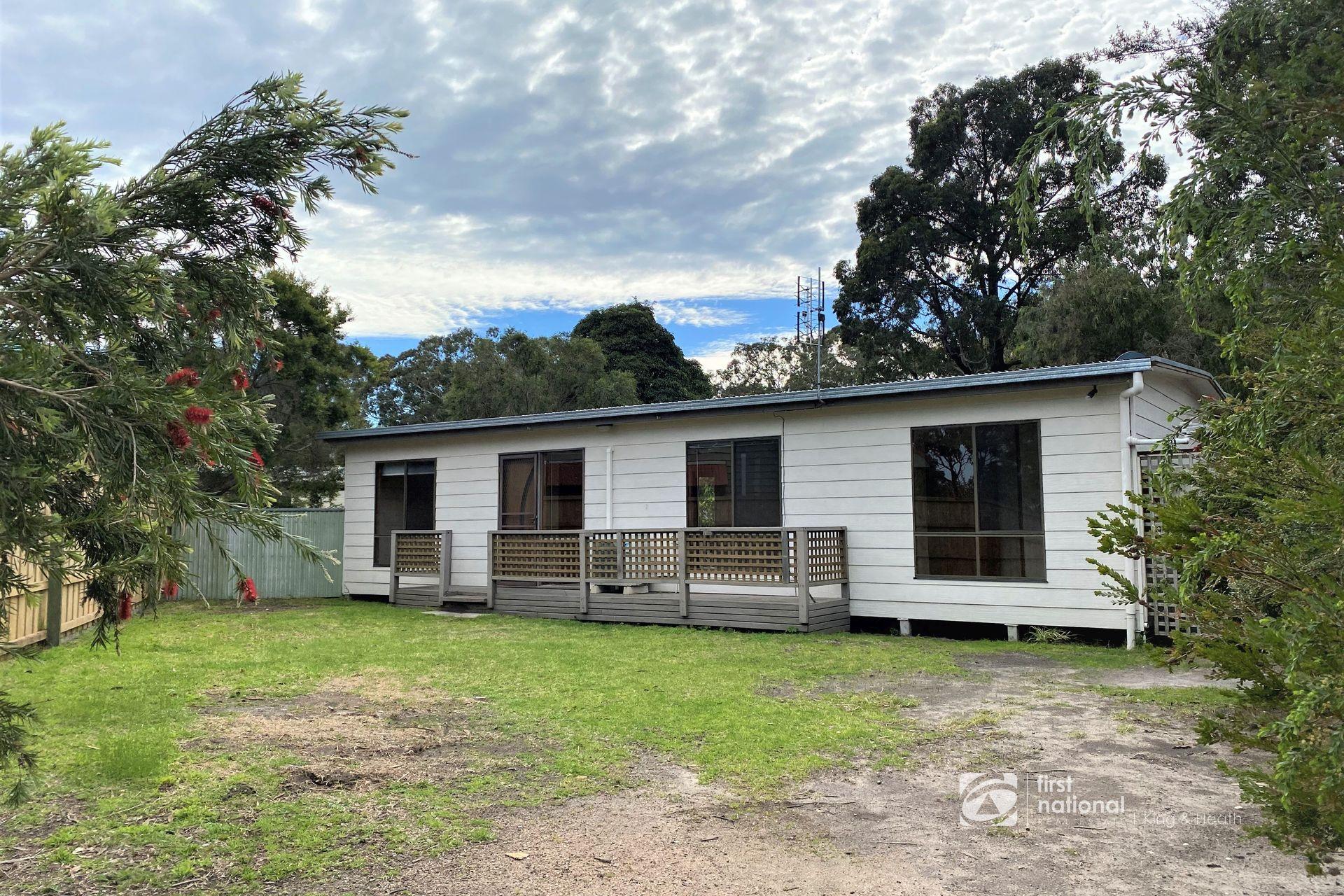 19 Currawong Close, Raymond Island VIC 3880-1